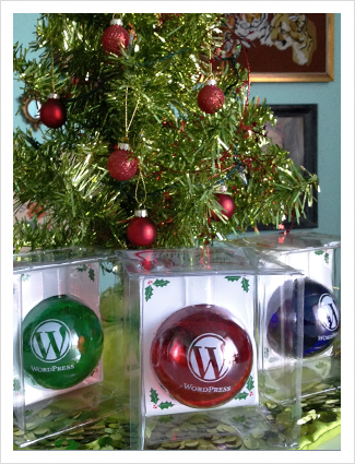 wordpress-holiday-ornament